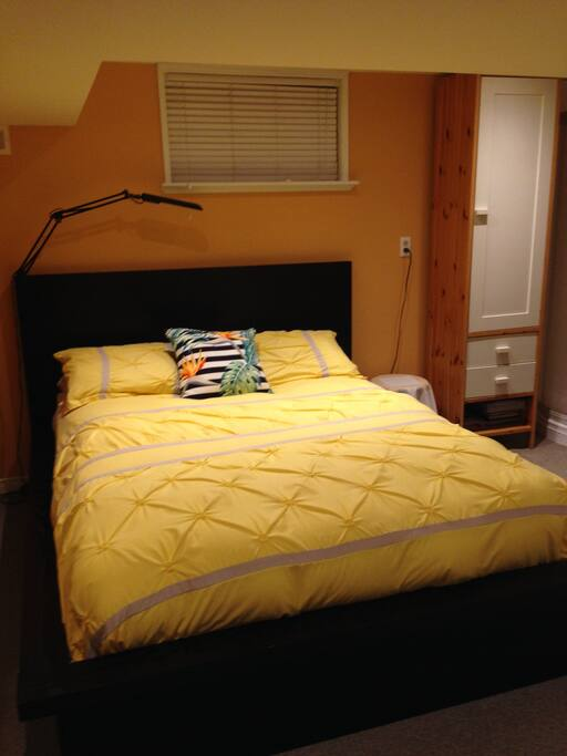 A comfortable queen size bed