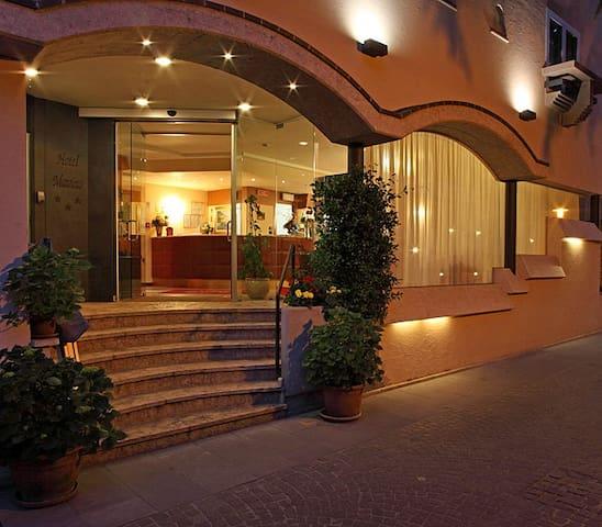 Ingresso Hotel Mavino