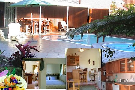 Luxury at 230 (Cottage) - Durban