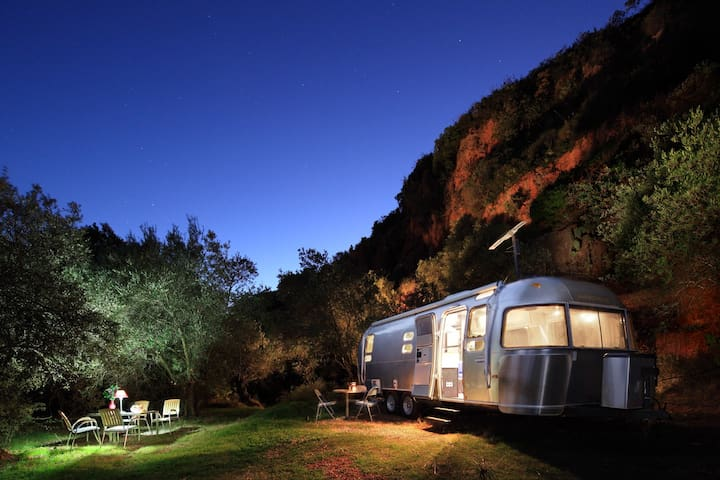 Airstream 'Glamping' in Andalucia!  - Alozaina - Camper/RV