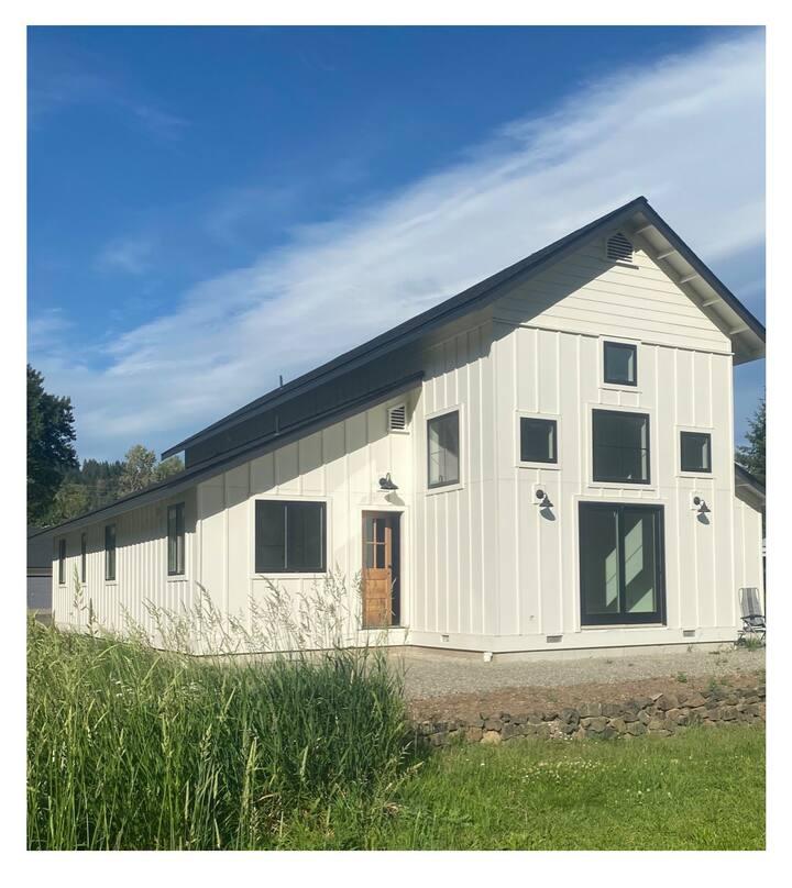 Cle Elum Modern Farmhouse