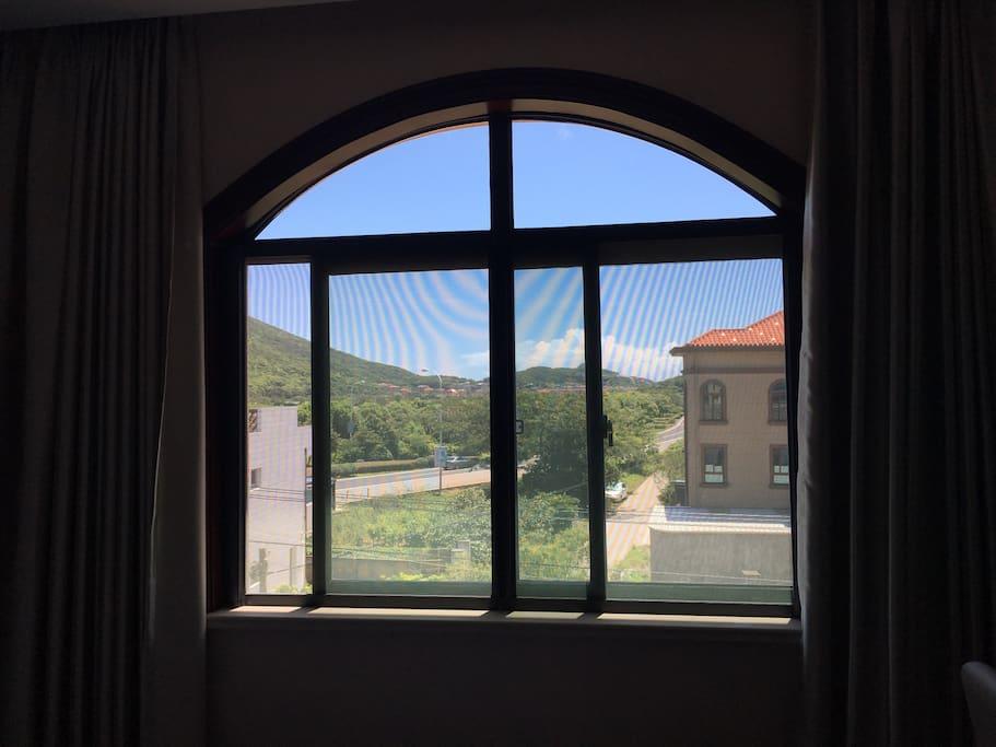 欧式窗户,视线开阔