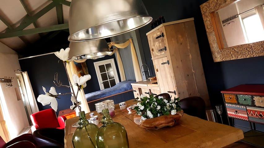 Idyllisch gastenverblijf 'Bed&Betuwe De Rijnban'