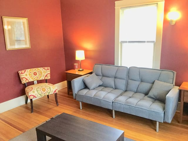 1/2 Mile from Mayo - Spacious 2 Bedroom Apartment