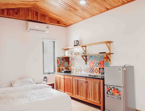 AN 401 ** HOMESTAY CLOSE TO THE BEACH