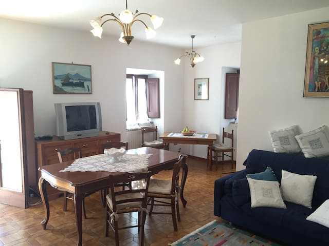 Francesco Ferrucci Apartment - Gavinana