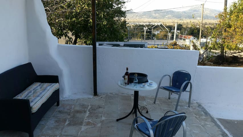 Traditional Apartment in the East side of Crete - Kaminaki - Huis