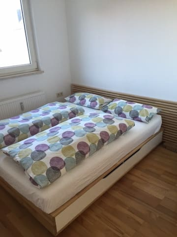 sunny side apartments for rent in m nchen bayern germany. Black Bedroom Furniture Sets. Home Design Ideas