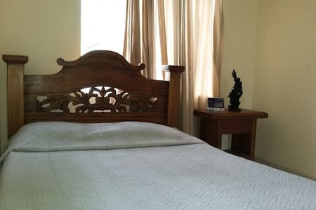 Ofrezco Habitación Amoblada - Lakás