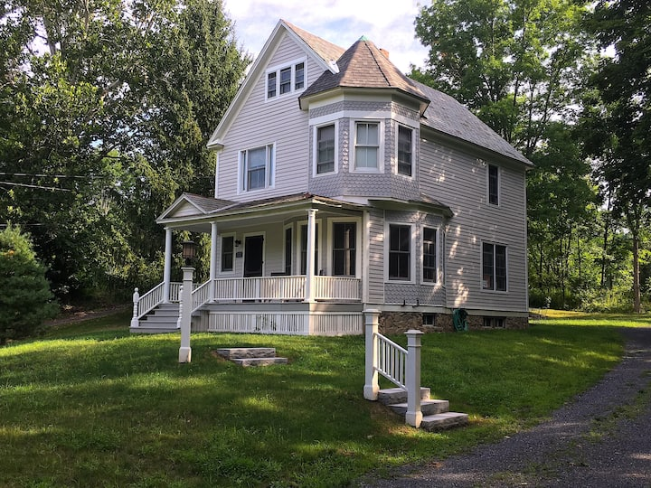 Genteel Victorian in Charming Spencertown
