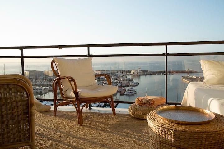 Superbe appartement face a la mer