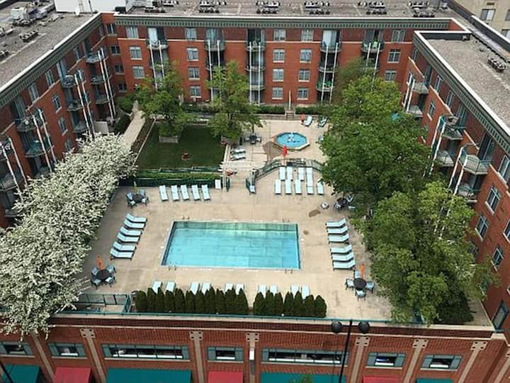 Luxurious Downtown Suites w/ Outstanding Amenities!