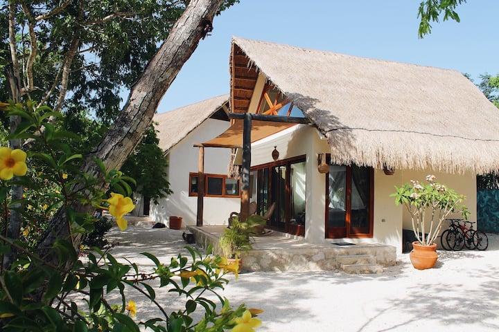 Villa Azulique - Romantic piece of paradise