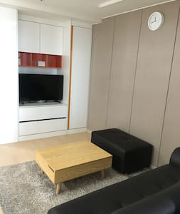 *OPEN* Lovely house cozy&clean 깨끗하고 편안한 집 - Geoje-si - Appartement