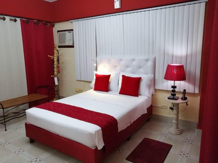 RAQUEL , Apartamento Independiente en Planta Baja.