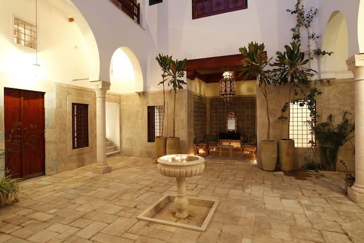 Dar Traki Chambres d'Hôtes Medina - Tunis - Bed & Breakfast