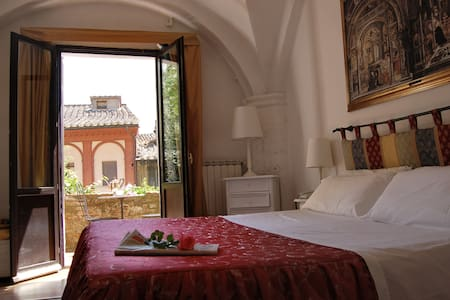 Residenza d'epoca Il Casato  - Siena - Aamiaismajoitus