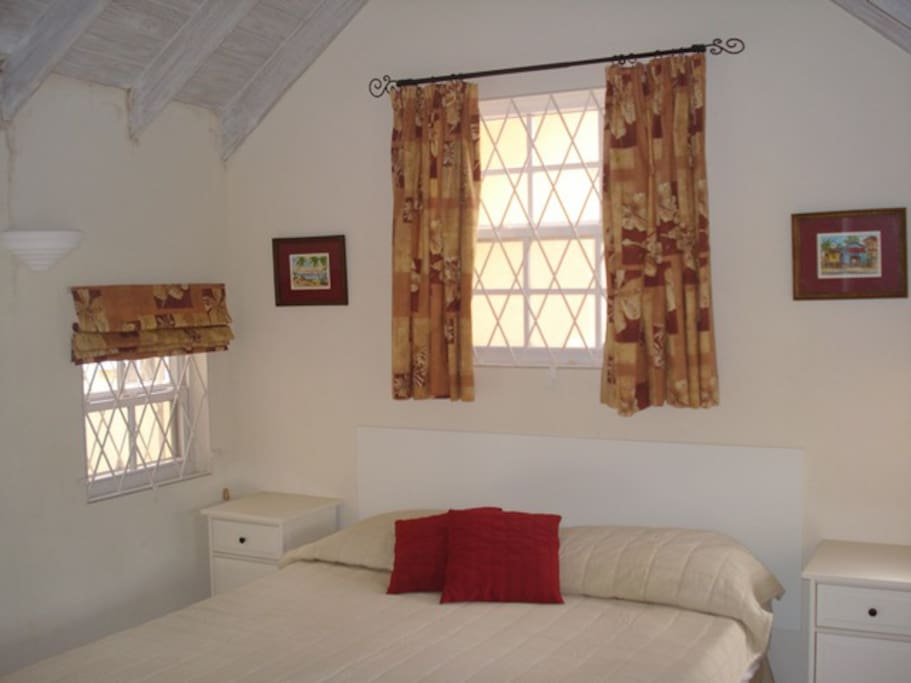 This is the main bed in the bedroom, there is an additional sofabed in this room.