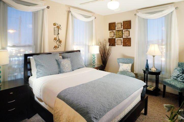 """""""Serendipity"""" Located on Second Floor - Queen Bed"""