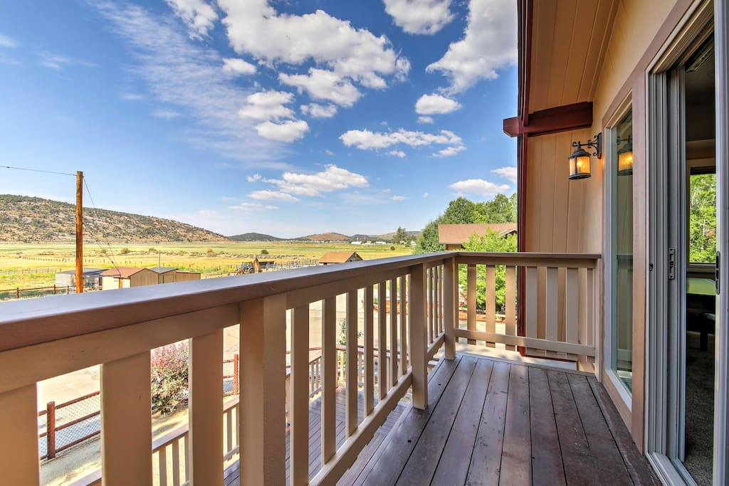 Enjoy spectacular views of Baldwin Lake and Majestic Gold Mountain.