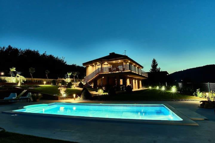 Relax House Mia - Bosiljevo - Vila