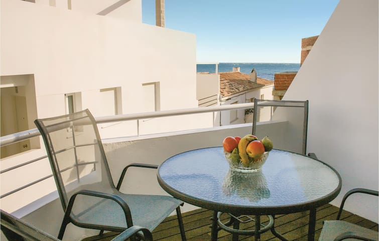 Holiday apartment with 2 bedrooms on 44m² in Casarones