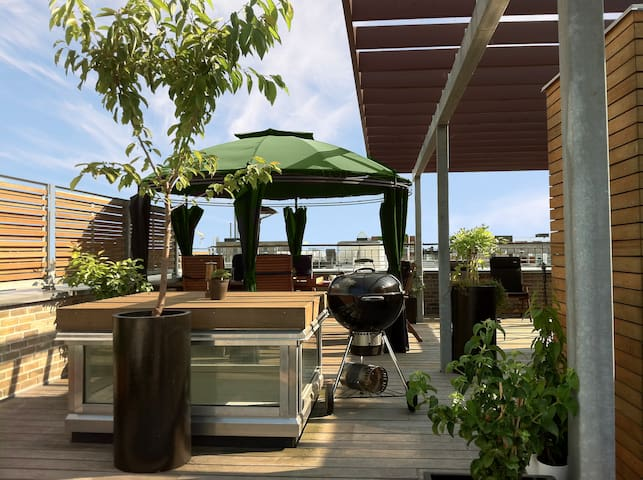 Private Rooftop Oasis in Canal Town + WIFI
