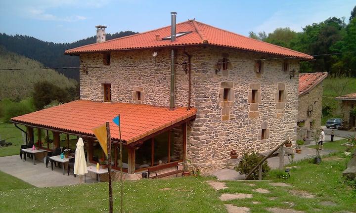 casa rural pikatzaenea de alquiler integro