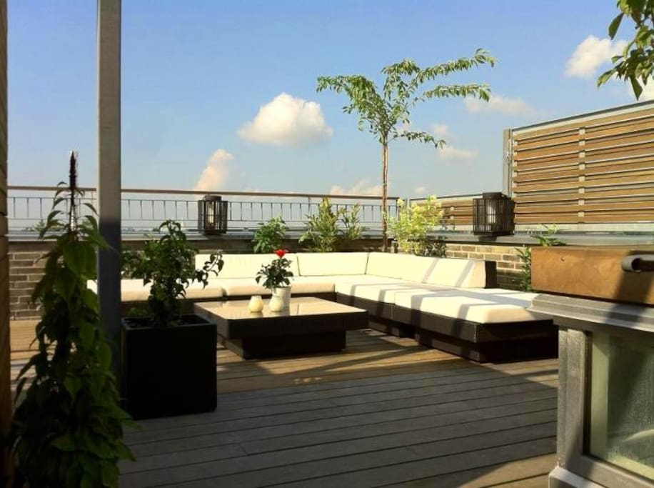 The lounge area on the rooftop terrace - ready for cocktails?
