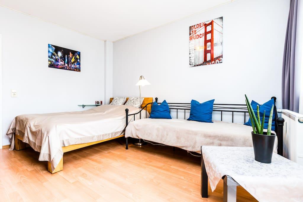 Wohnschlafzimmer/ Living- and sleepingroom