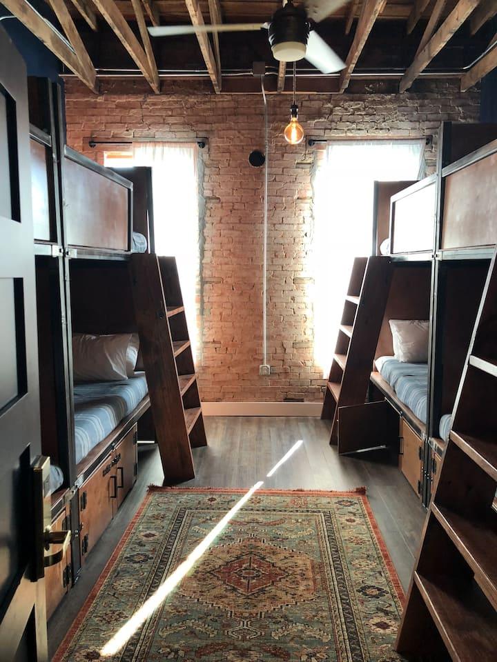 Deep Ellum Hostel, 6-Bed Coed Shared Dorm
