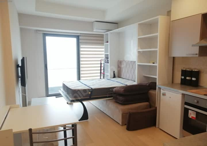 1+0  apartment, near to kadiköy