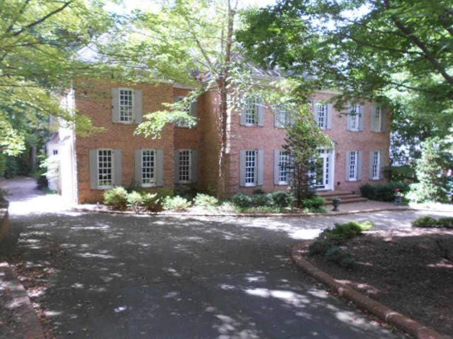 2 Bedrooms With Adjoining Full Bath Houses For Rent In Raleigh North Carolina United States