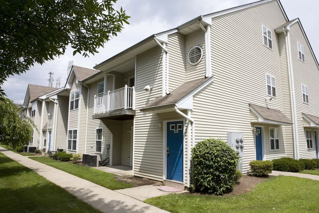Spacious 2 Bedroom With Loft 605 Apartments For Rent In Woodbridge Township New Jersey