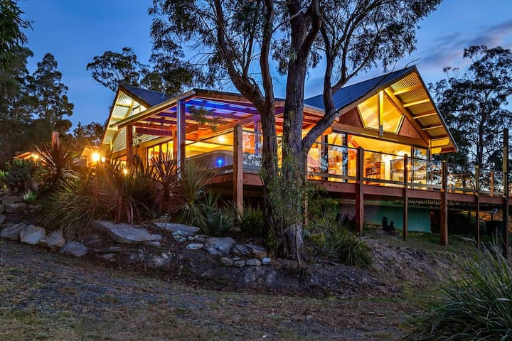 Huon Valley Spa Retreat - Lower Longley - Talo