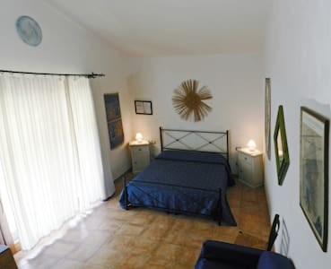 B&B Pula, independent en-suite room - プーラ - 別荘