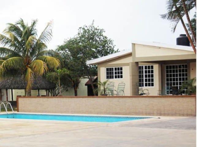Villa D' Cural