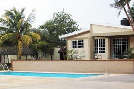 Villa D' Cural  - Villa