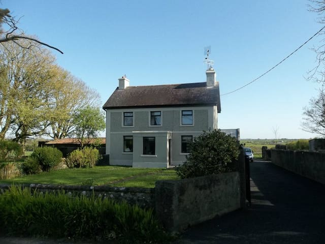 Cosy Farmhouse - North Galway/Tuam - Tuam - Casa