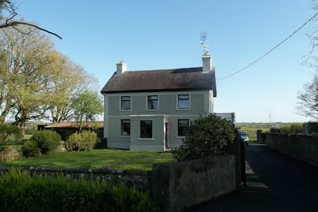 Cosy Farmhouse - North Galway/Tuam - Tuam