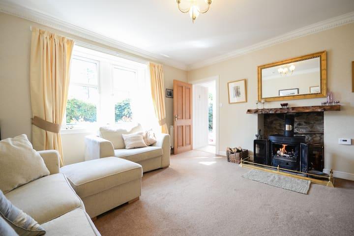 Livingroom with log-burning stove
