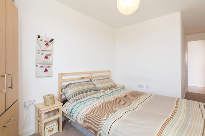 The main bedroom has a 2m x 1.5m bed and drawer space for your belongings
