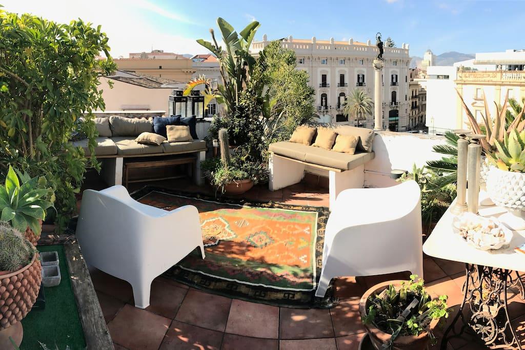 Casa kalos appartamenti in affitto a palermo sicilia for Appartamenti in affitto a palermo arredati