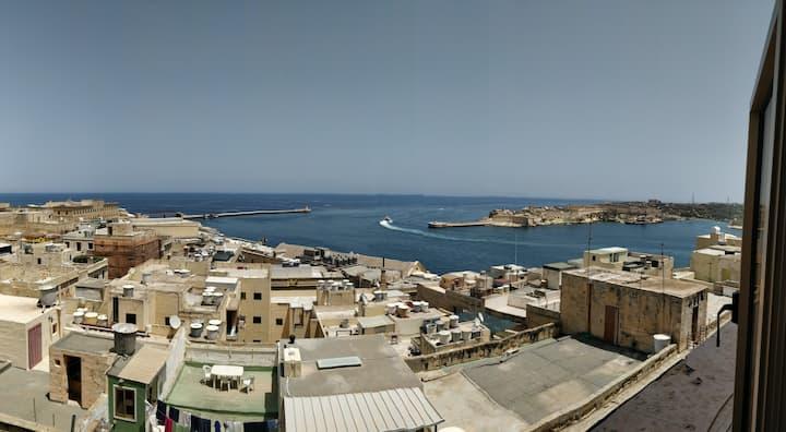Studio  Valletta Sea View Appartment