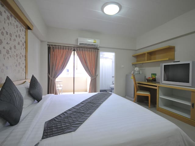 Mizmiz Home Double Room - Bang Phlat - Byt