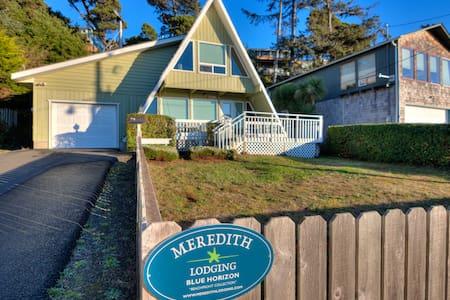 Blue Horizon Sweet A-Frame Near Waldport Beach Has Ocean Views from Living Room and Loft!