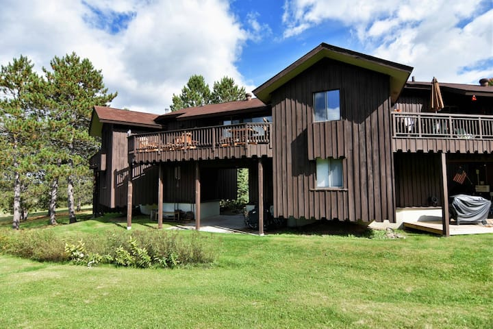 Valhalla Townhouse #10 ~ Cable, Wisconsin - Hosted by North Country Vacation Rentals