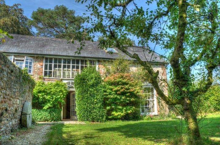 Gorgeous Devon retreat, seclusion, nature, romance
