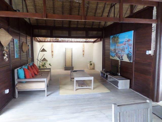 Nusa Lembongan Beach House 1 room - Nusa Lembongan - Дом