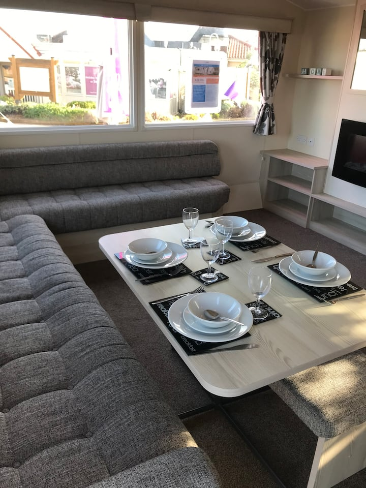 Luxury Caravan at Seton Sands